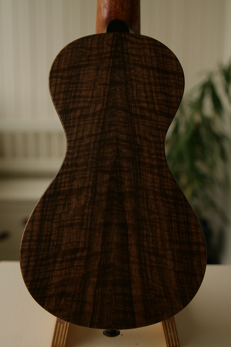 GRENOSI Machete / Braguinha Fichte Walnuss - back detail
