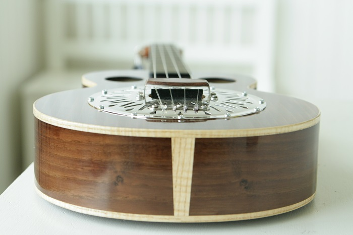 grenosi tenorukulele resonator akazie - bottom